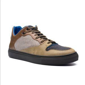 Balenciaga Paneled leather Nubuck low top sneaker